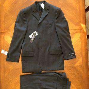Men's Pierre Cardin Suit